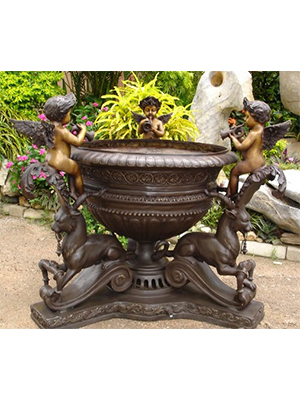 Bronze Cupids Trumpeting